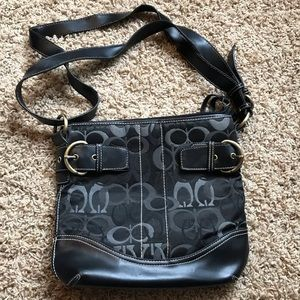 Guess over the shoulder purse